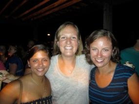 2011 Heckterns! Courtney, Heather, Carrie